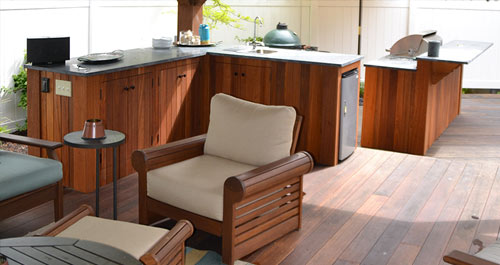 Outdoor Rooms & Kitchens