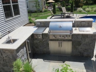 Schenectady Outdoor Kitchen with granite veneer and Stainless Steel appliances