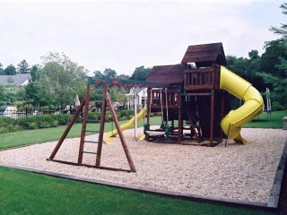 Back yard playground structure