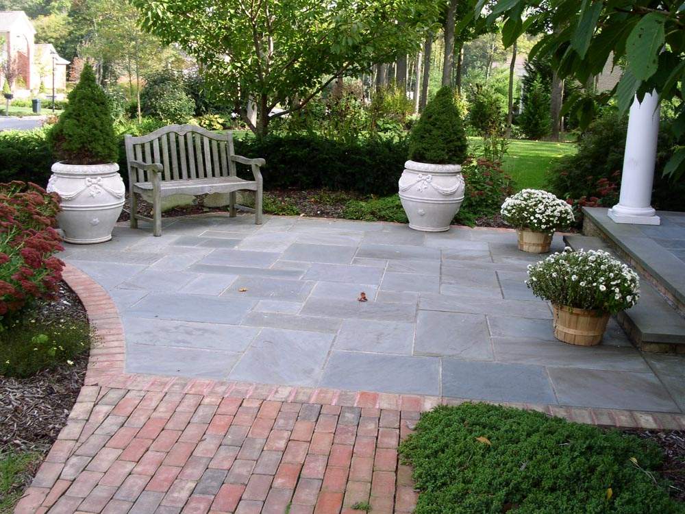 Brick and Bluestone entry patio
